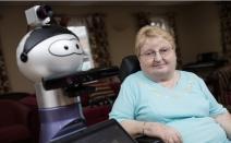 노인들을 위한 로봇 프로젝트 'ENRICHEM 프로젝트'